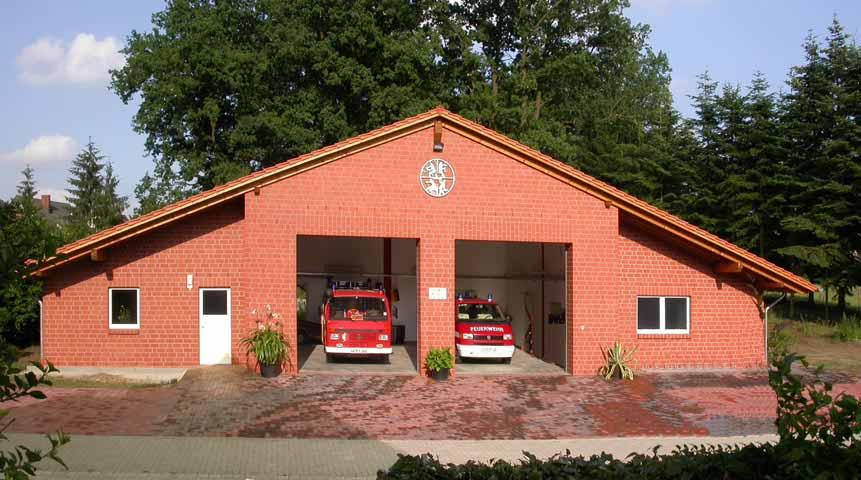 Das neue Gerätehaus Juli 2006